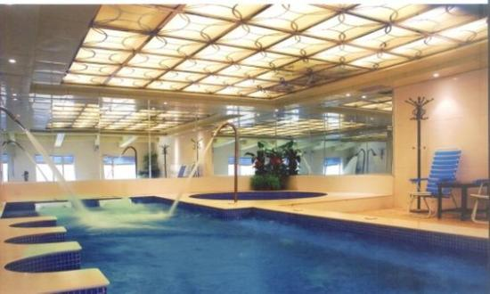 Huizhou, China: Pool