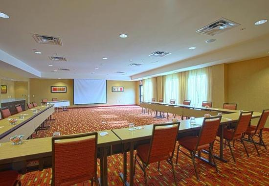 Hagerstown, MD: Meeting Room