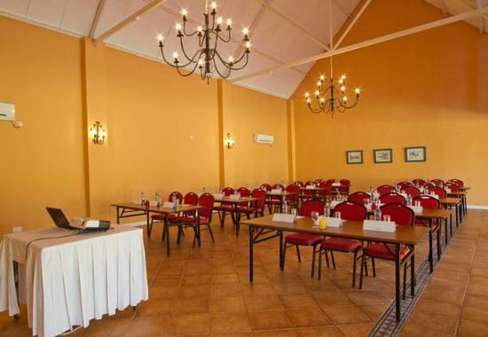 Chingola, แซมเบีย: Conference Room – Classroom Setup