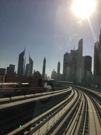 Metrô de Dubai Foto