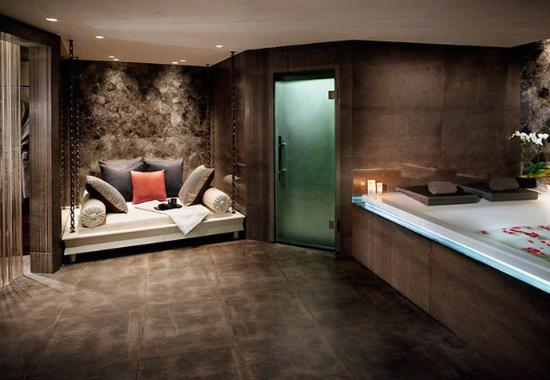 The Istanbul EDITION: ESPA Couple Suite