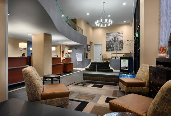 Holiday Inn Express & Suites Atlanta Downtown: Hotel Lobby