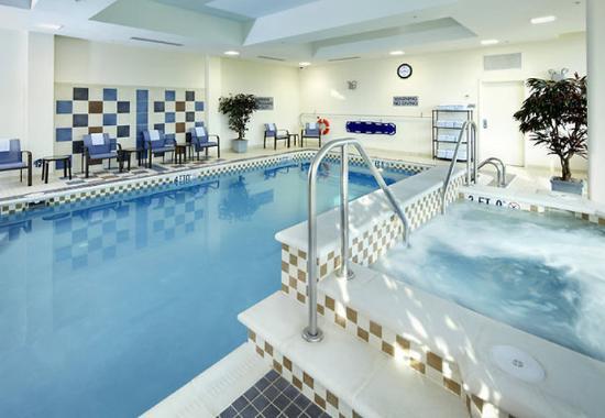 Washington, Pensilvania: Indoor Pool & Whirlpool