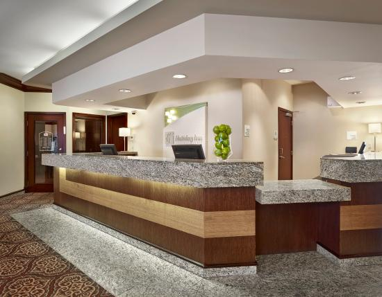 Holiday Inn Conference Ctr Edmonton South: Hotel Lobby