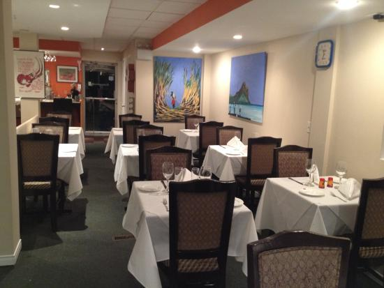 Longueuil, Canada: Salle a Manger Principale