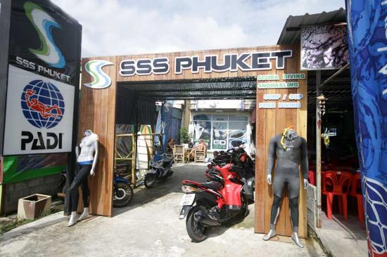 ‪SSS Phuket Dive & Surf Center‬