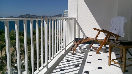 Elcano Hotel: Balcony