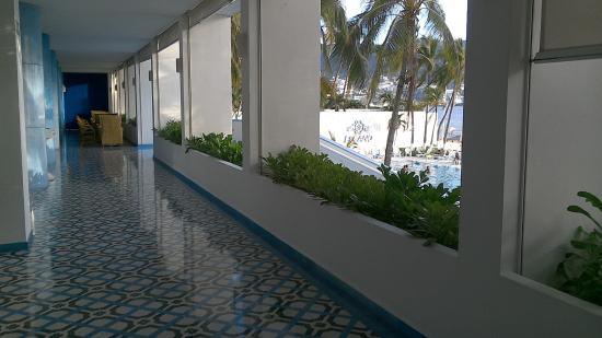 Elcano Hotel: Corridor, relax & lobby area