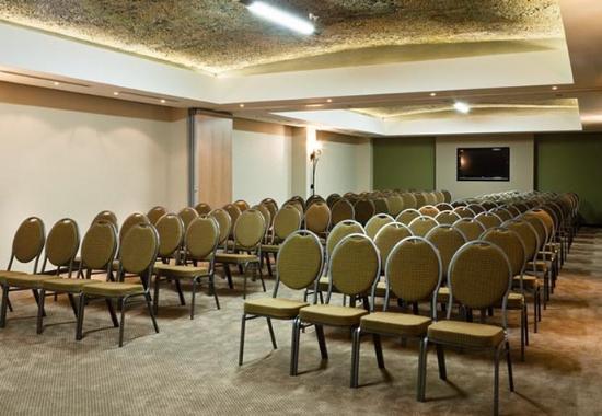 Bellville, Sør-Afrika: Conference Room – Theater Style Setup