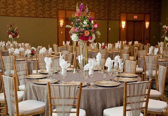 Pine Mountain, GA: Indoor Banquet Set-Up