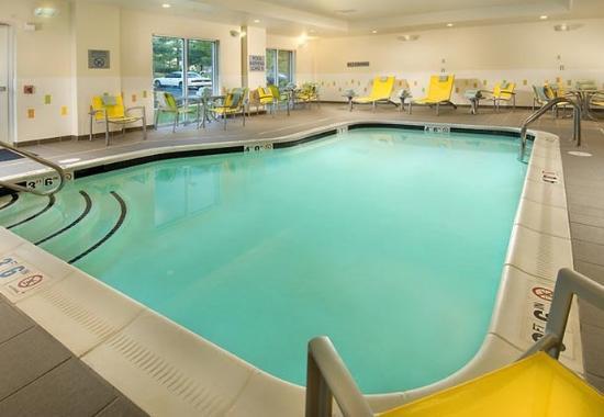 Linthicum Heights, Μέριλαντ: Indoor Pool