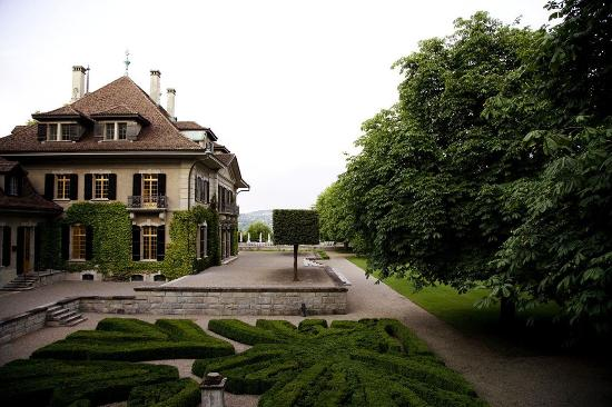 Rueschlikon, Swiss: Villa and garden
