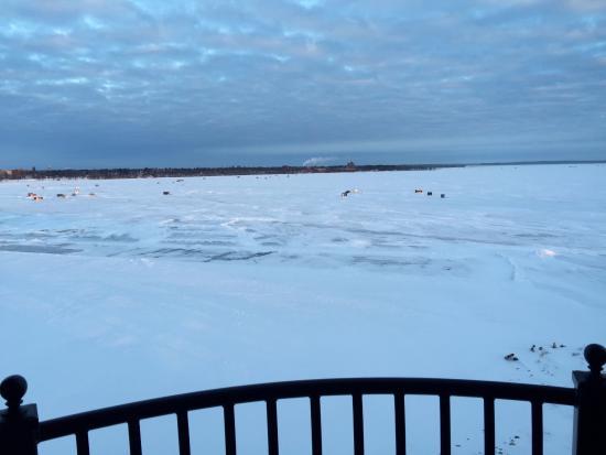 Bemidji, MN: Beautiful view from my 6th floor balcony.