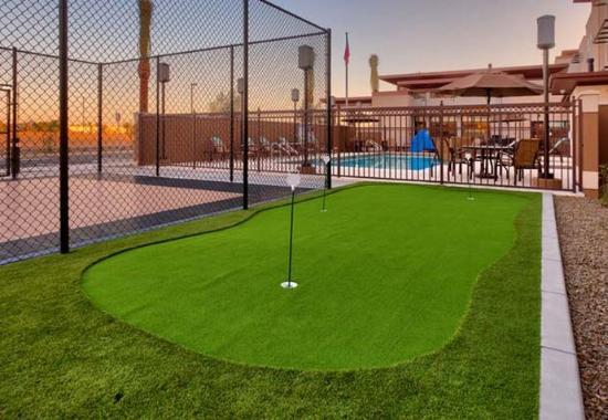 Gilbert, AZ: Putting Green