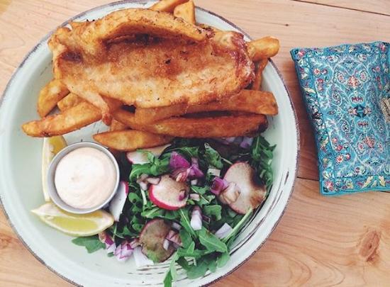 Whangamata, Nueva Zelanda: Fresh fish and chips