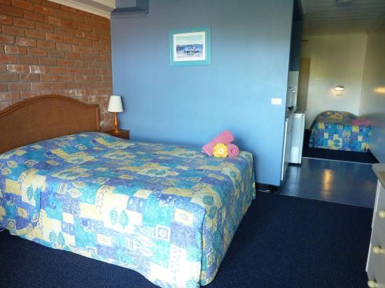Merimbula, Avustralya: Poolside family room
