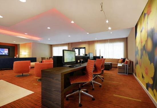 Oneonta, estado de Nueva York: Business Center