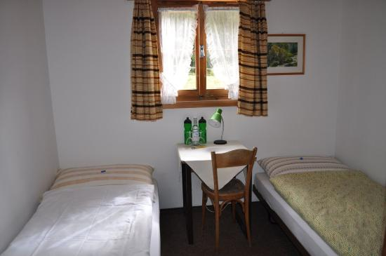 S-charl, Suiza: Twin room Budget