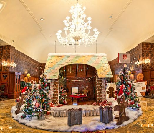 Decorations at Royal Park Hotel Rochester