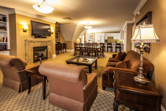 Kensington Suite at Royal Park Hotel Rochester
