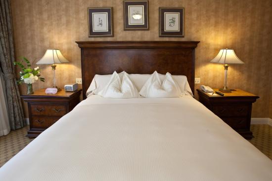 Executive Room King at Royal Park Hotel Rochester