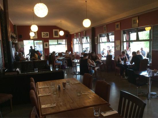 Twizel, Nya Zeeland: Poppies Cafe