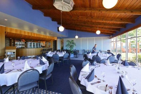 เบอร์นี, ออสเตรเลีย: Bar and Function Room