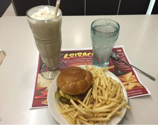 steak n shake biloxi restaurant reviews photos phone number rh tripadvisor com