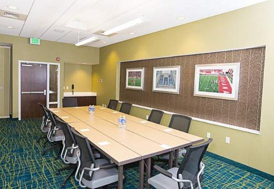 Bloomington, IN: Boardroom