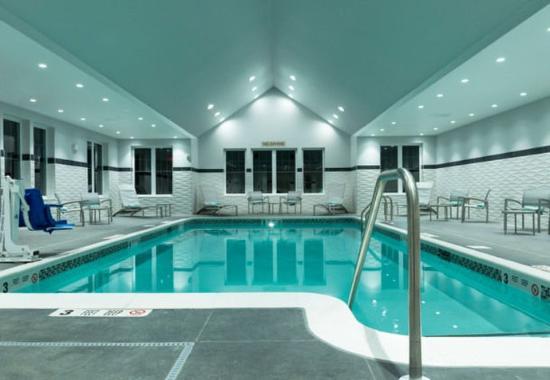 Orangeburg, NY: Indoor Pool