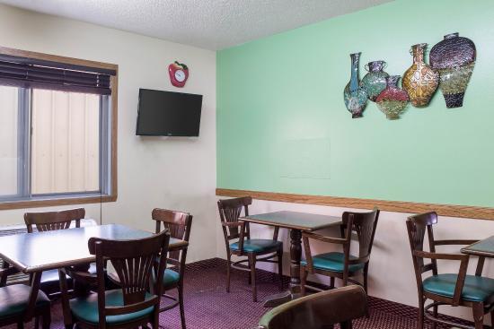 West Fargo, Kuzey Dakota: Breakfast Seating