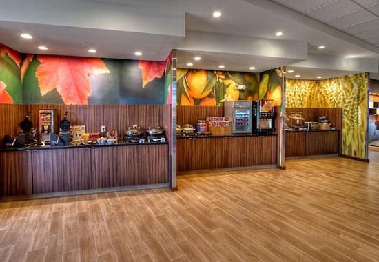 Yukon, Οκλαχόμα: Breakfast Buffet