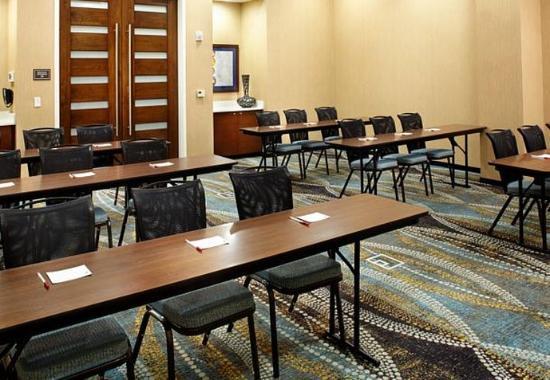 Secaucus, NJ : Meeting Room