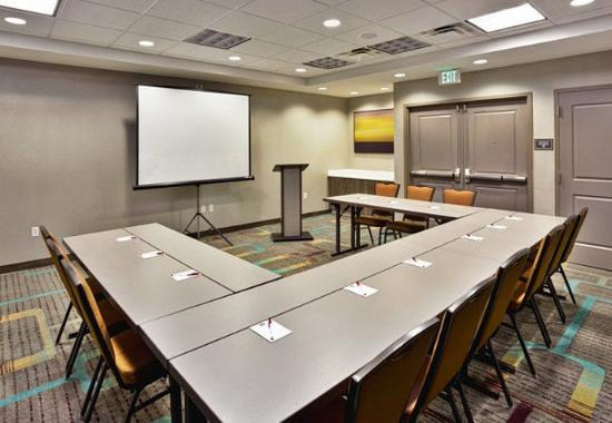 Wilmette, IL: Meeting Room
