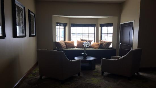 Merrillville, IN: Lobby Lounge