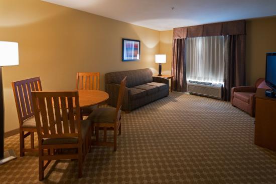 Roselle, IL : Executive Suite
