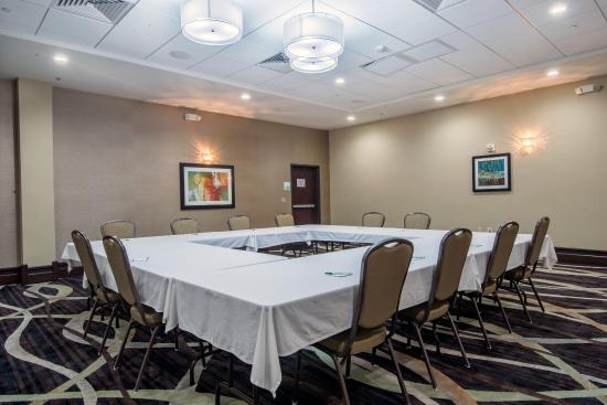 Salina, KS: Meeting Room