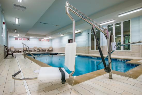 Salina, KS: ADA/Handicapped accessible Swimming Pool lift