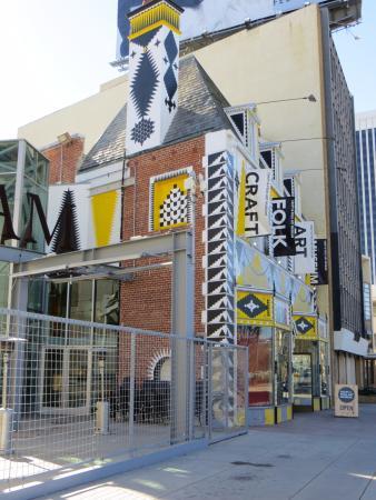 Craft and Folk Art Museum: LOVE the Facade