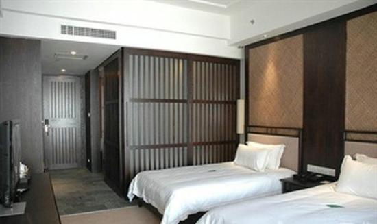 Yueyang, China: Standard Twin Room