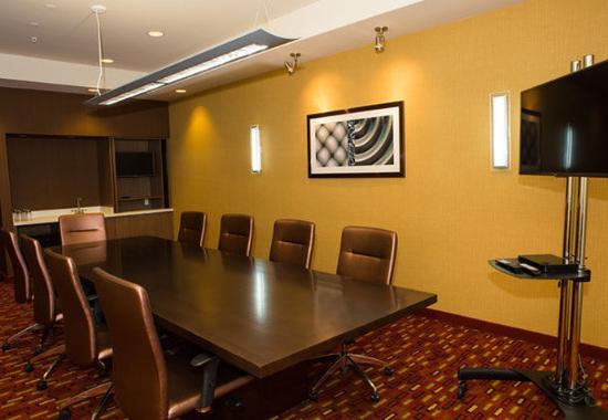 Lubbock, TX: Executive Boardroom