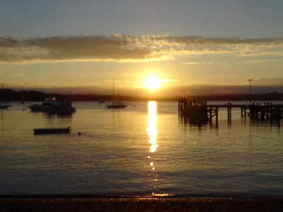 Russell, Nieuw-Zeeland: View from restaurant in town