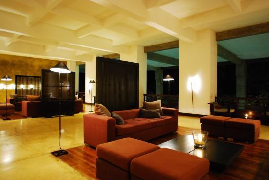 Jetwing Blue: Lobby