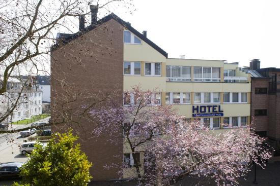 Ratingen, Germania: Exterior View - Location