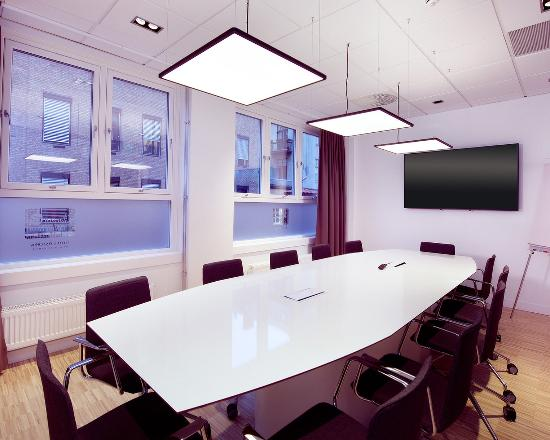 Hamar, Norwegia: Meeting
