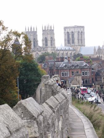 Mur d'enceinte : A view of the Minster from the Wall...