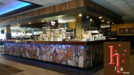 Mount Isa, Australia: New freshly renovated Rodeo Bar & Grill at the Isa Hotel