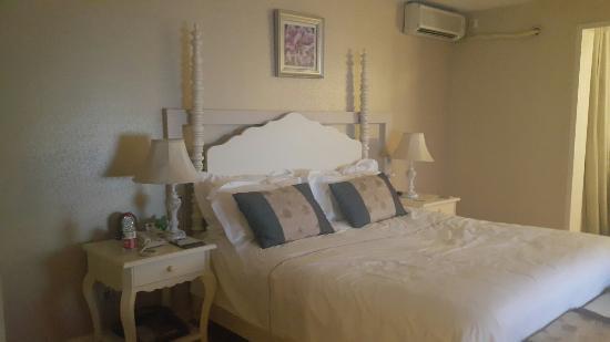 Taiyue Suites Hotel Image