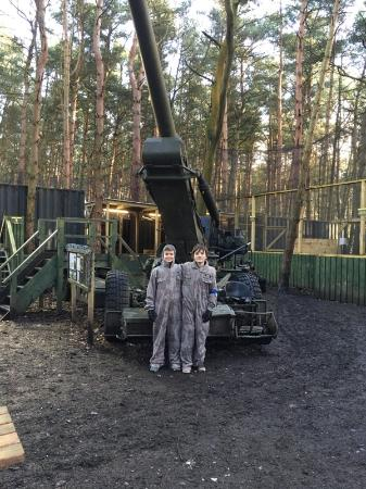 Delta Force Paintball Lichfield: With the Field Howitzer 70 (FH70)