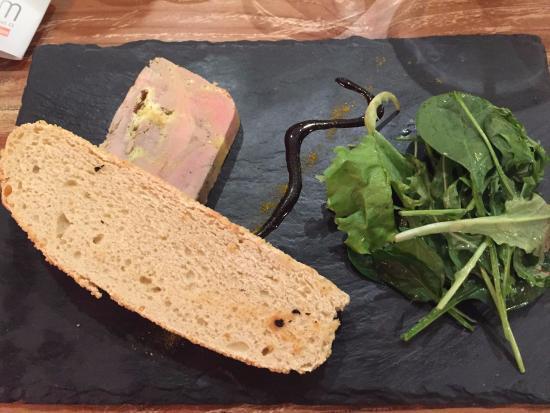 Νιόρ, Γαλλία: Foie gras aux 9 parfums et son pain à la semoule